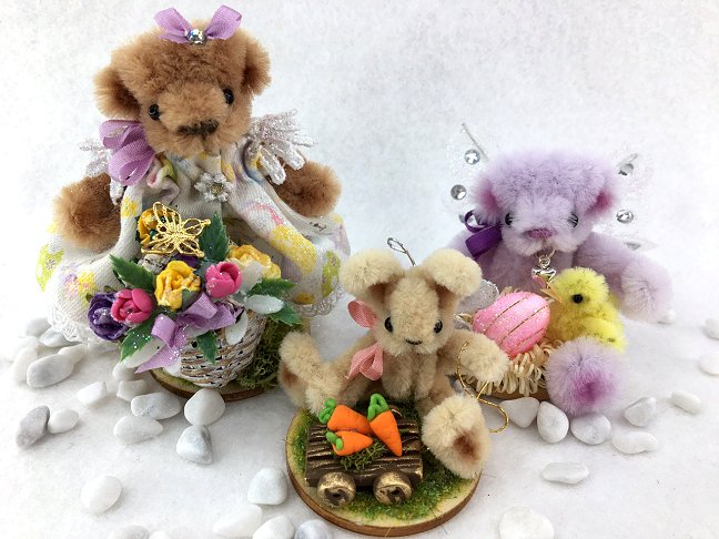 Easter Bunny and Bears with flowers and chicks